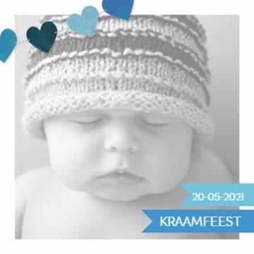 - geboorte-kaart-jongen-met-blauwe-hartjes-slinger