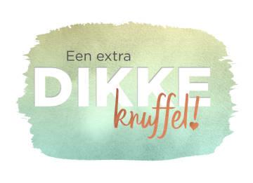 - een-extra-dikke-knuffel