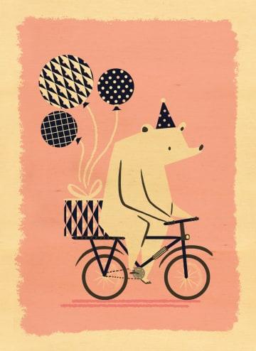 - houten-keer-met-een-beer-op-een-fiets-met-ballonnen