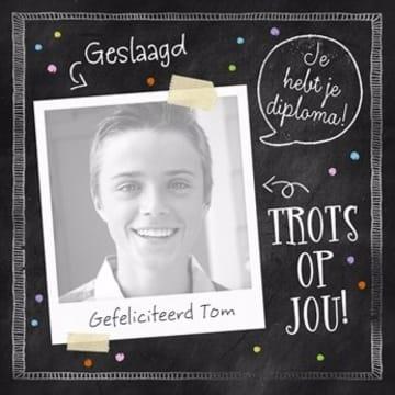 - fotokaart-geslaagd-diploma-trots-