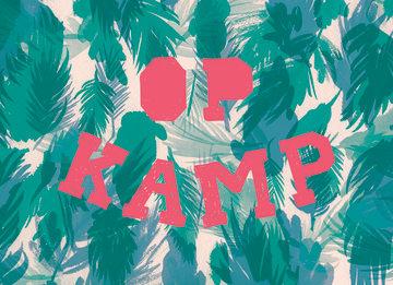 - op-kamp-kaart-met-een-stoere-print-en-de-tekst-op-kamp