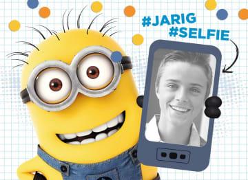 - minion-kaart-jongen-hashtag-jarig-hashtag-selfie