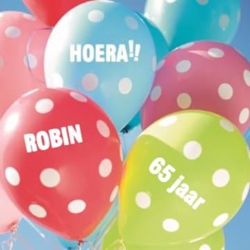 - verjaardag-leeftijd-plus-hoera-ballonnen