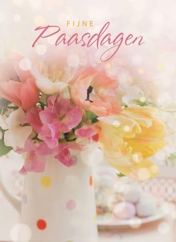 - fijne-paasdagen-met-bloemen-in-vaas-paaseitjes