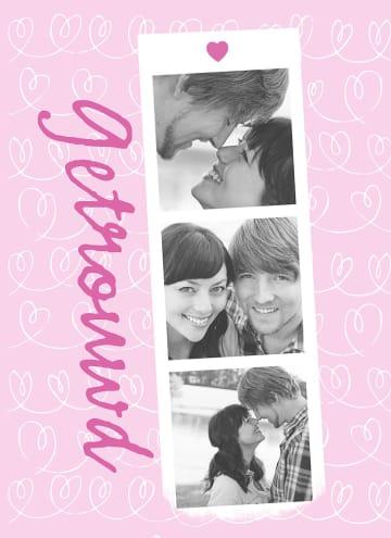 - fotokaart-drie-fotoos-roze-achtergrond-getrouwd