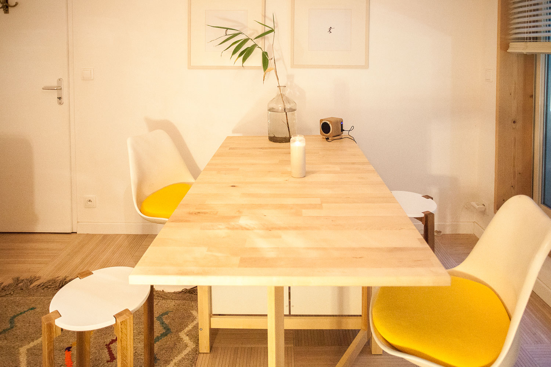 Table modulable jusqu'à 4 personnes