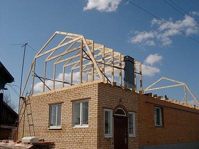 установка стропильной системы на крышу