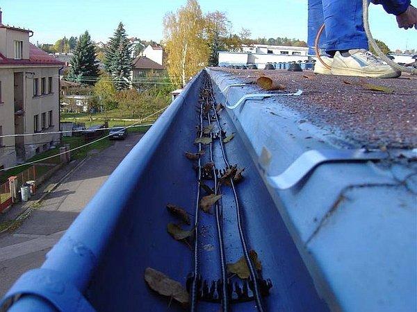 кабель для подогрева водостока
