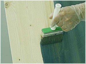обработка древесины антисептиком и антипиреном