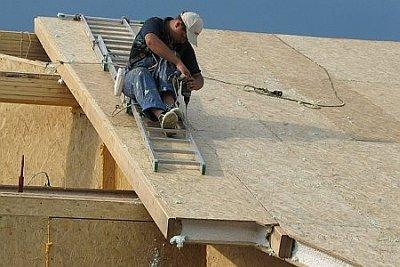 установка панелей на крышу