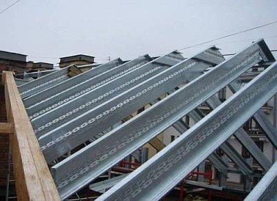 металлические стропила на крыше
