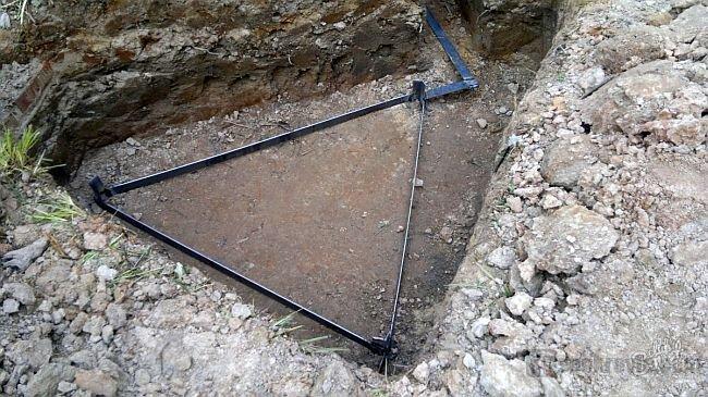 треугольный контур заземления