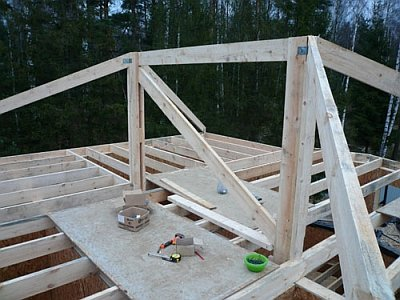 строительство стропильной системы вальмовой крыши
