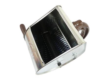 Putzwerfer mit Stahlfederwalze, verzinkt