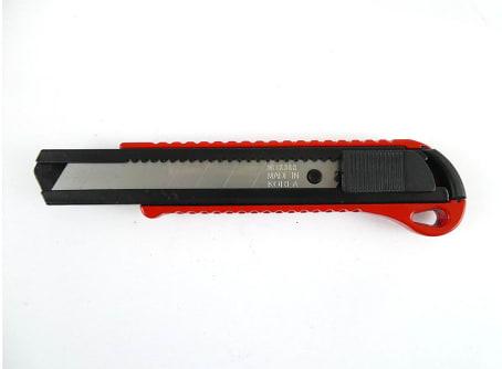 Cuttermesser rot 18mm mit Abbrechklinge