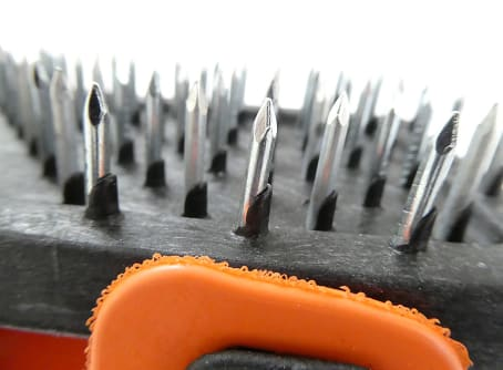Edelputzkratzer mit Stahlspitzen, 180 x 90 mm