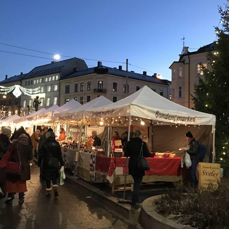 Bilde av På Bondens marked finner du både smaken og lukta av jul