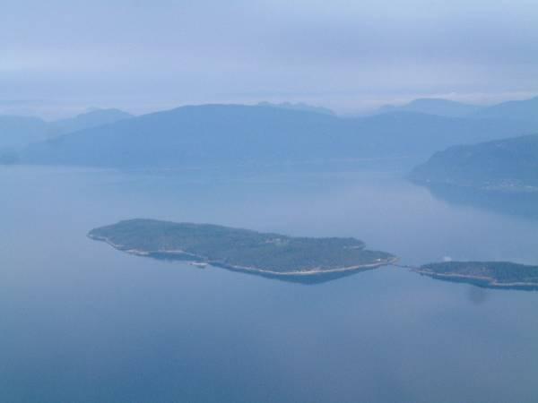 Nesøya Brygge og Utleiehytter