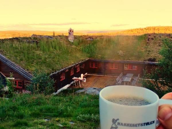 Hakkesetstølen Fjellstugu og Hytter