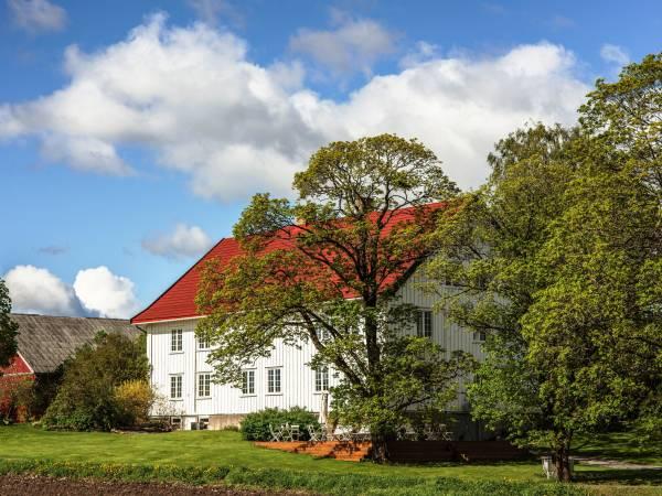 Kvarstad Gård