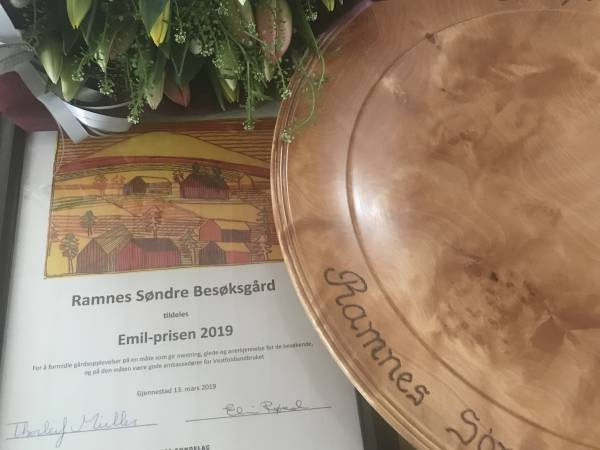 Ramnes Søndre gård