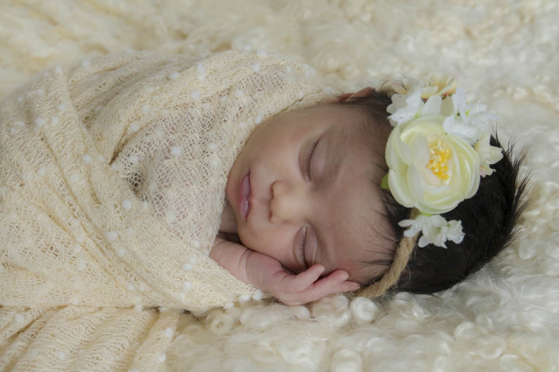 Bijzondere newborn fotoshoot met baby Joana