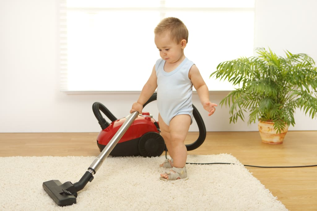 children from 12 to 18 months: imitative play