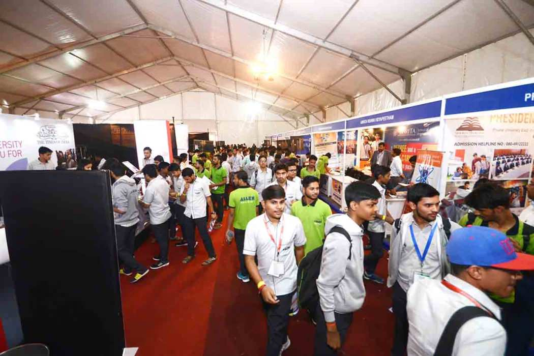 Career Conclave 2018 Students Visiting Various Stalls