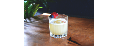 AMARETTO SOUR ON THE ROCK