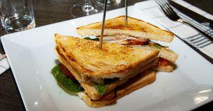Club Sandwich med svensk kyckling utan pommes