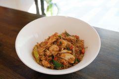 16. Fried rice med kyckling (stark)