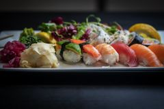 Mixa din sushi 8 bitar