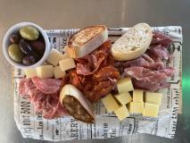 Charktallrik och ost