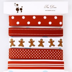 Ribbon card in gingerbread man