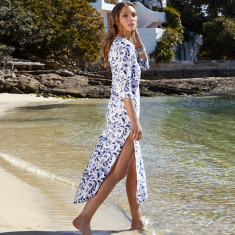 Formentera kaftan in blue and white print