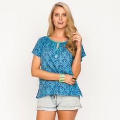 Shelly Peony Blue Top