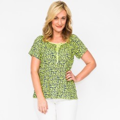 Shelly abstract top