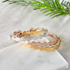 Gold, rose gold or silver scalloped bangle