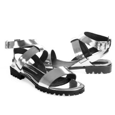 Comet sandals in metallic silver