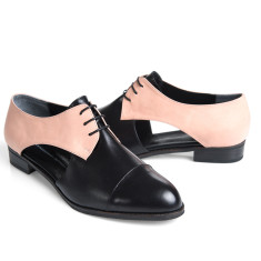 Lovelace brogues with side-cuts in pink and black