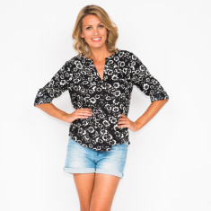 Aria flower black top