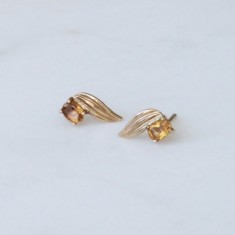 Angel studs 9ct solid gold