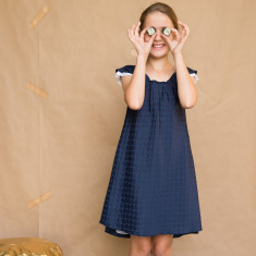 Flippy dress with contrast lining