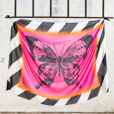 Papillon oversized scarf