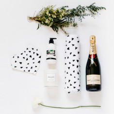 Bambino gift box (add wine or Champagne)