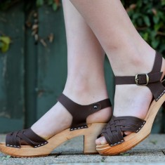 Britta sandal