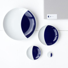 Crescent moon plate set