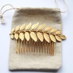 Maia gold laurel leaf haircomb