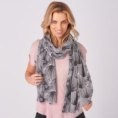 Paper Daisy Merino Scarf In Charcoal/Dove Grey