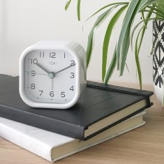 Liv SILENT SWEEP alarm clock (various colours) by Toki